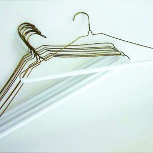 metal strut hanger560